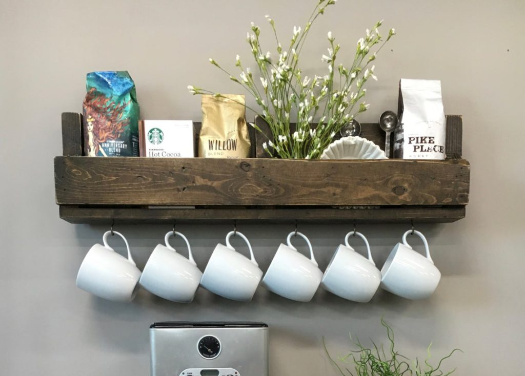 Farmhouse Style Coffee Serving Station Ideas For The Kitchen Home Coffee Bar Ideas Decorating Ideas And Accessories For The Home Creative Ideas For Every Room