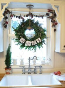 Indoor Christmas Window Decorating Ideas For The Home With Holiday Wreaths Decorating Ideas And Accessories For The Home Creative Ideas For Every Room